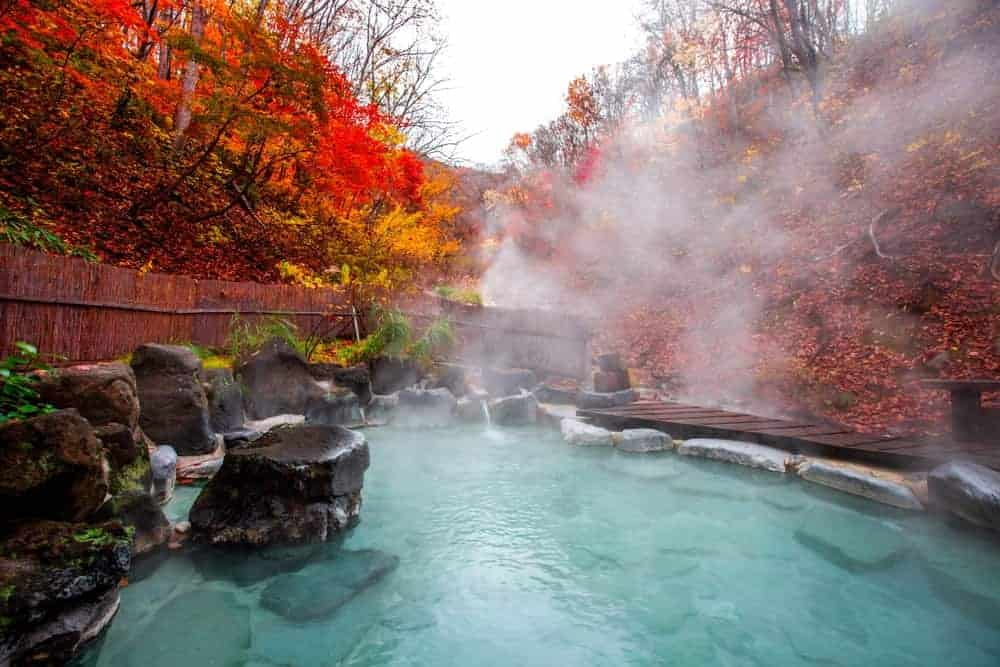 natural hot spring Onsen Japan.  Do's and Don'ts in Japan
